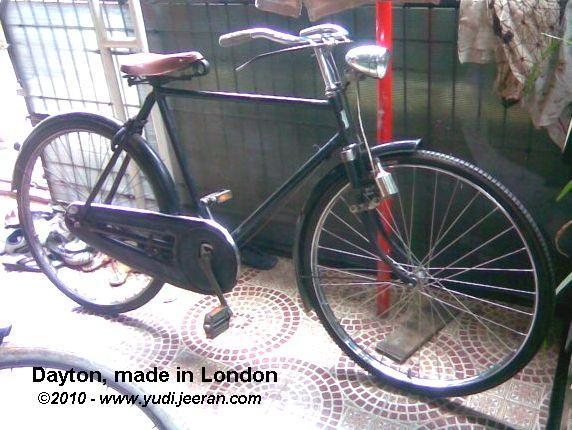 """Sepeda Dayton masih dalam keadaan """"mentah"""" di rumah penjualnya"""