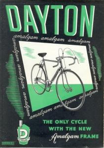 salah satu iklan sepeda merk Dayton tipe sepeda balap yang masih tersisa.