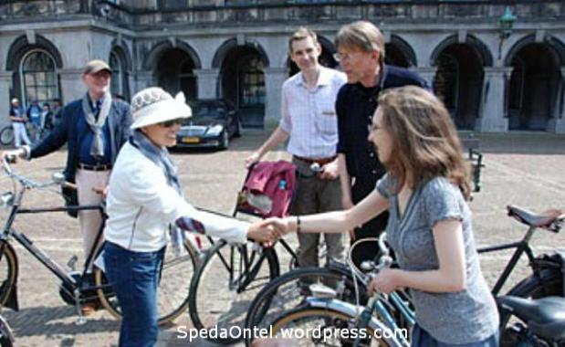 KOSTI belanda-fiets