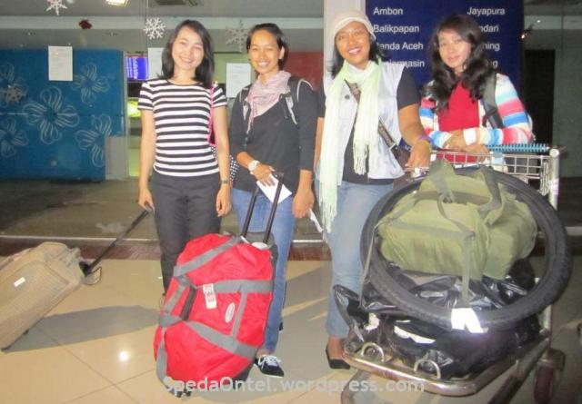 srikandi onthel indonesia keberangkatan