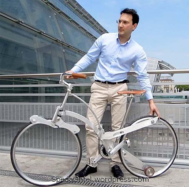 sepeda-lipat-tanpa-hub-sebesar-payung-2