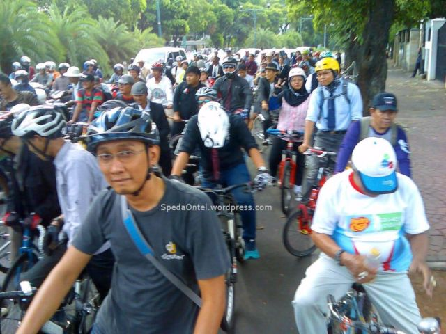 Tweed Run Jakarta 2014 05