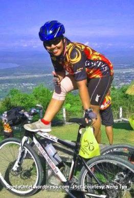 Ontelis Neng Tya Kompas Jelajah Sepeda Papua 2015 06